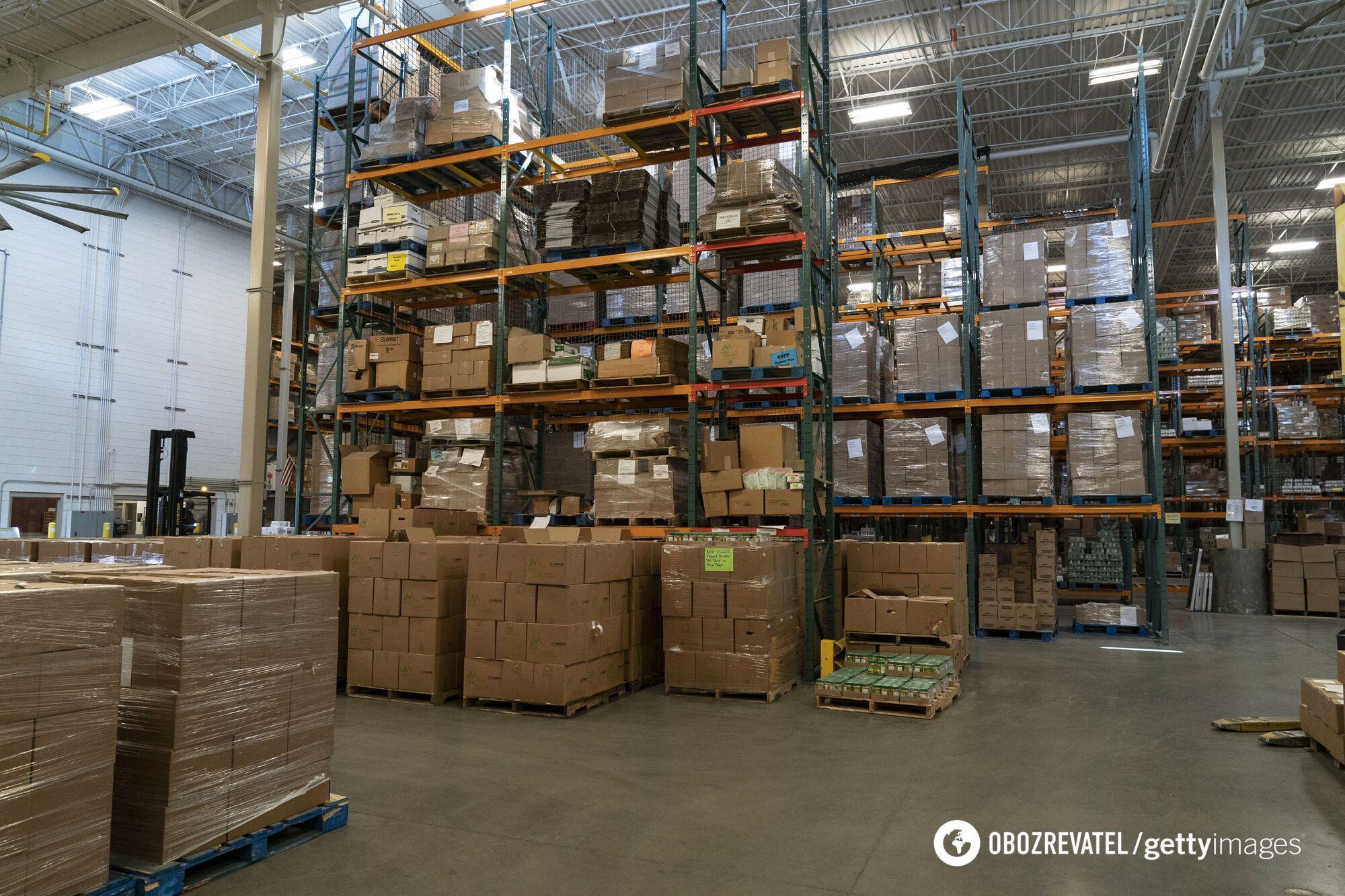 За работу на складах платят 12-14 злотых (84-98 грн) в час