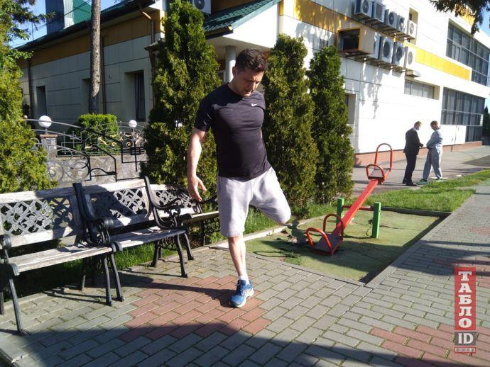 Автор нашумевшего фото Зеленского с пробежки объяснил его смысл