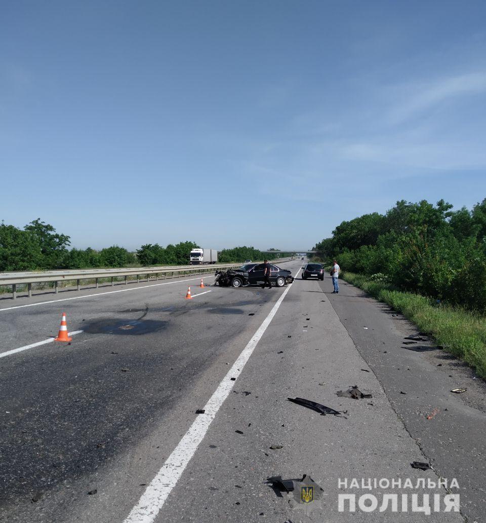 Під Одесою трапилася смертельна ДТП: авто відкинуло на 100 метрів