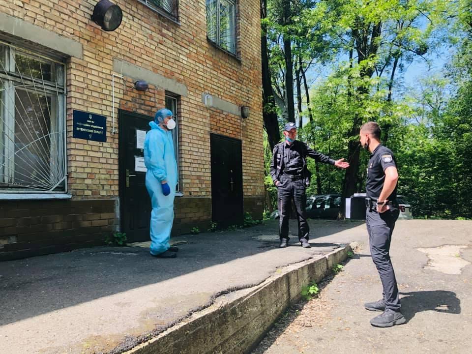 В киевской больнице исчезли вещи умершего волонтера Виталия Паныча