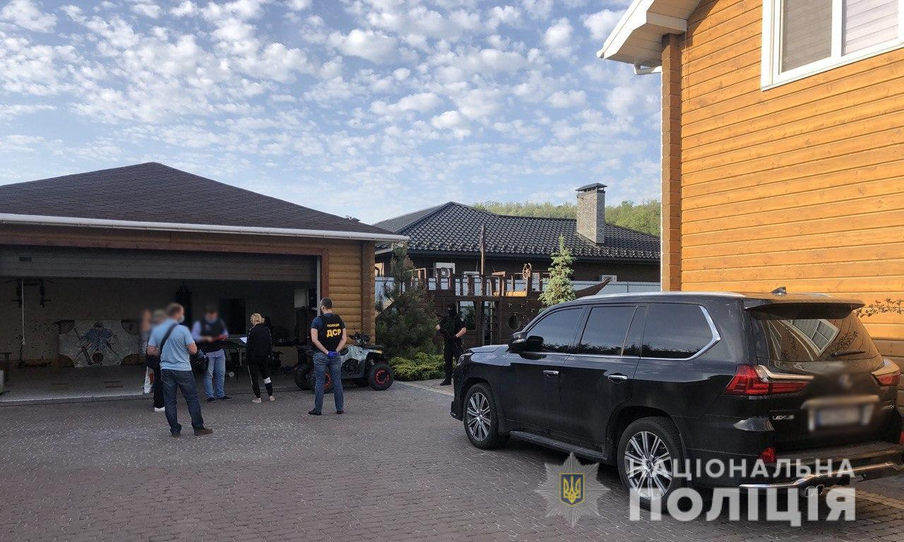 Полиция провела обыски у организаторов перестрелки в Броварах