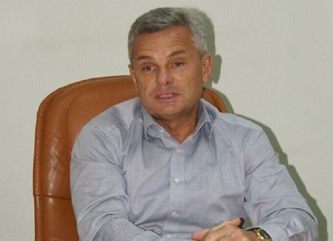 Юрий Санин