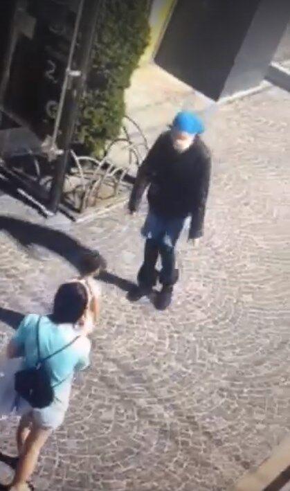 Попытка похищения попала на камеры видеонаблюдения