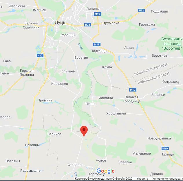 Село Топілля географічно ближче до Луцька.