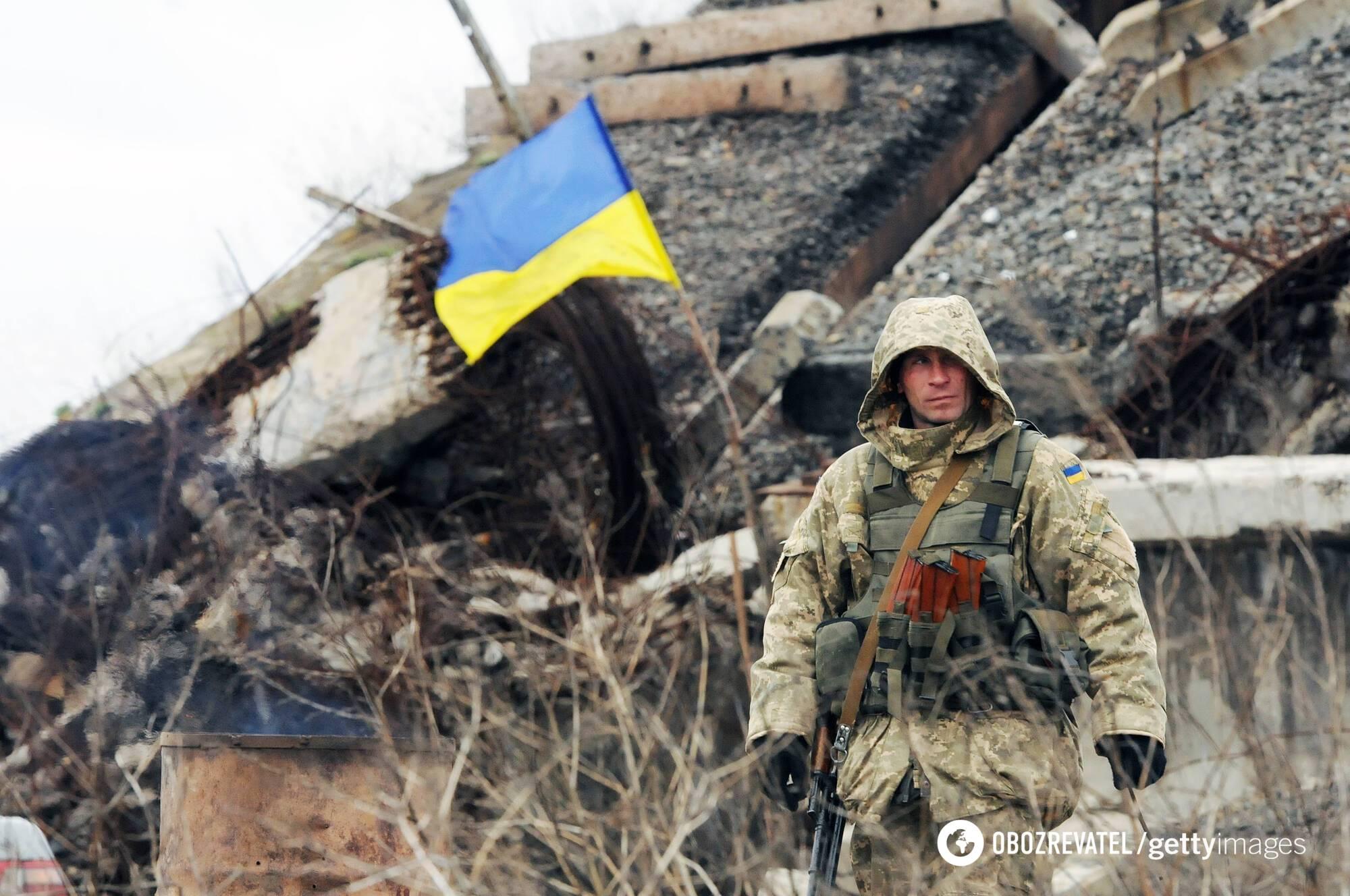 """В состоянии """"между небом и землей"""" Донбасс может находиться десятилетиями"""