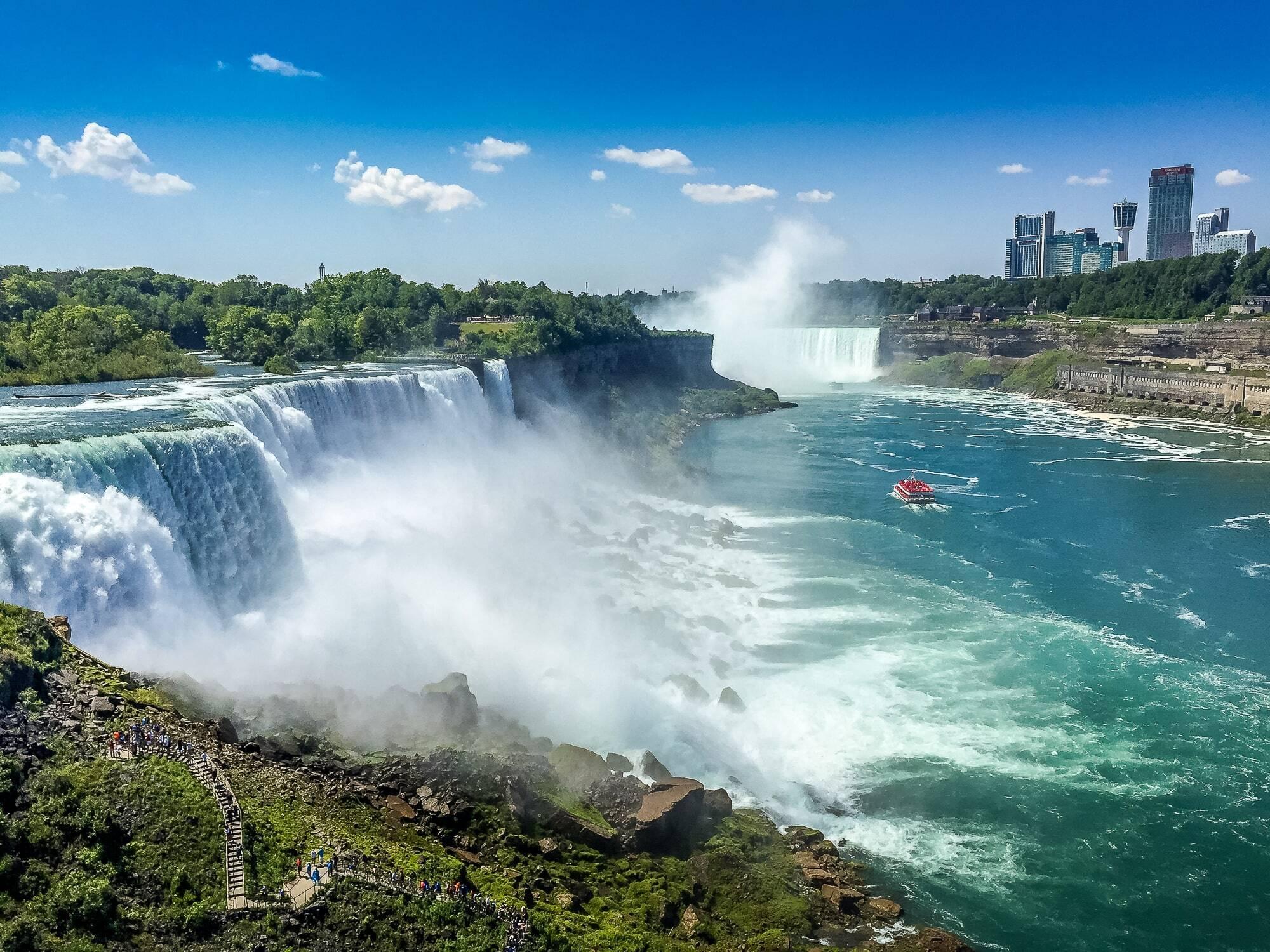 Канада – сладкая страна кленового сиропа
