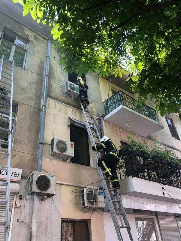 Спасатели ликвидировали возгорание
