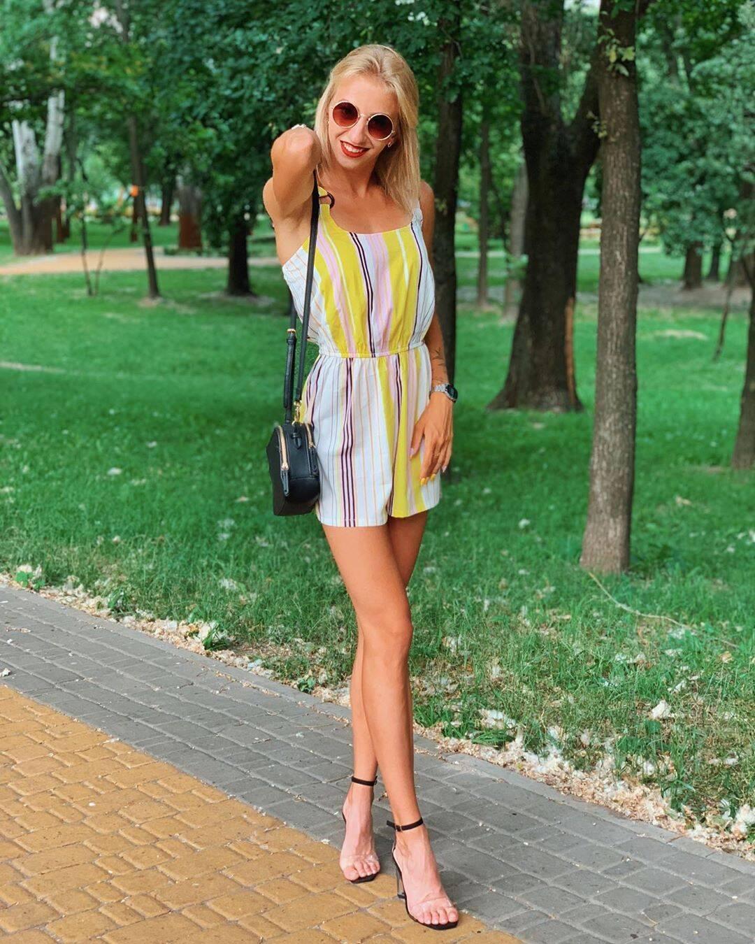 Українська спортсменка, яка позувала оголеною в Криму, знялася на дикому пляжі
