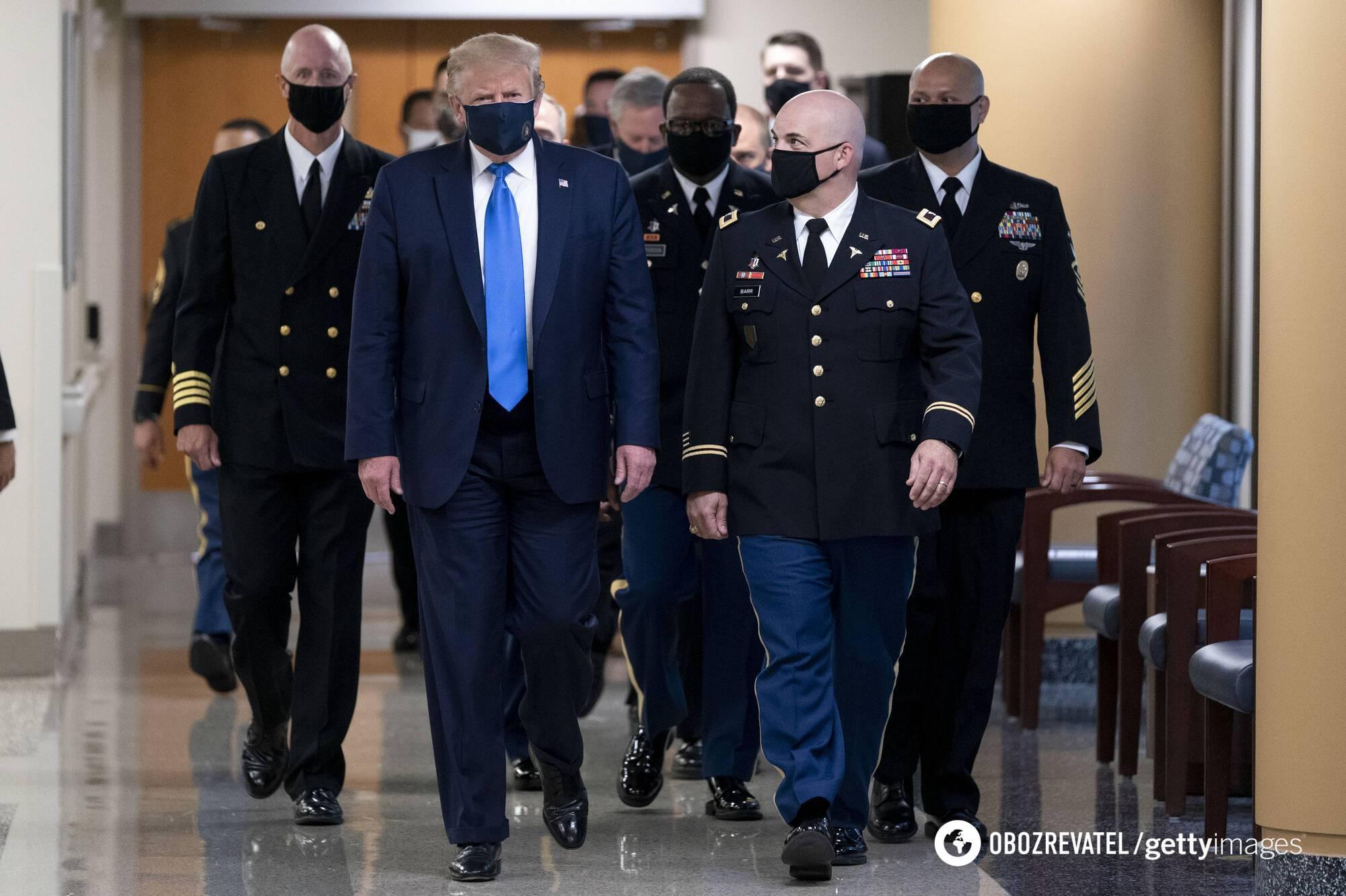 Дональд Трамп у військовому госпіталі Walter Reed