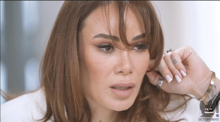 Айза Анохина рассказала о войне в Чечне (скриншот с видео)