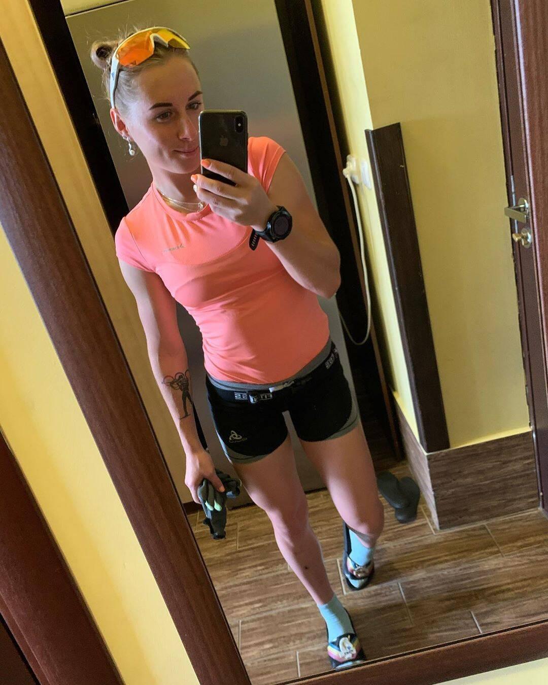 Биатлонистка сборной Украины снялась в купальнике в профессиональной фотосессии