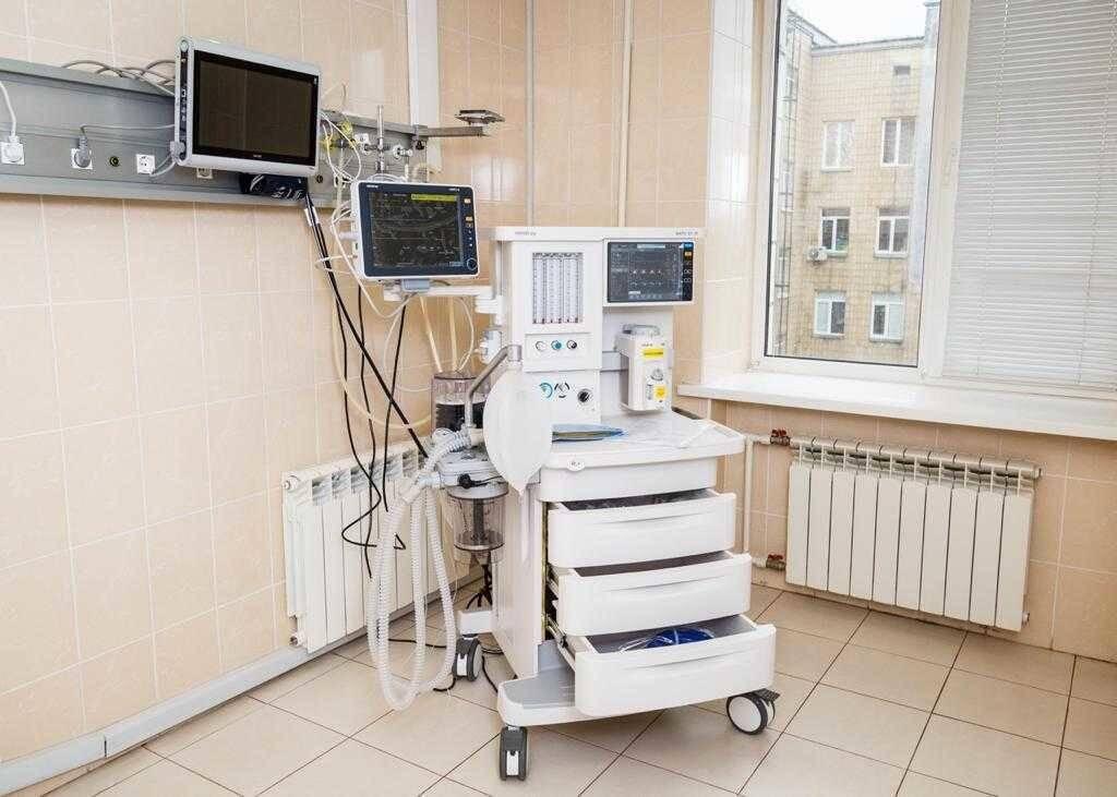 Новий апарат ШВЛ у військовому госпіталі.
