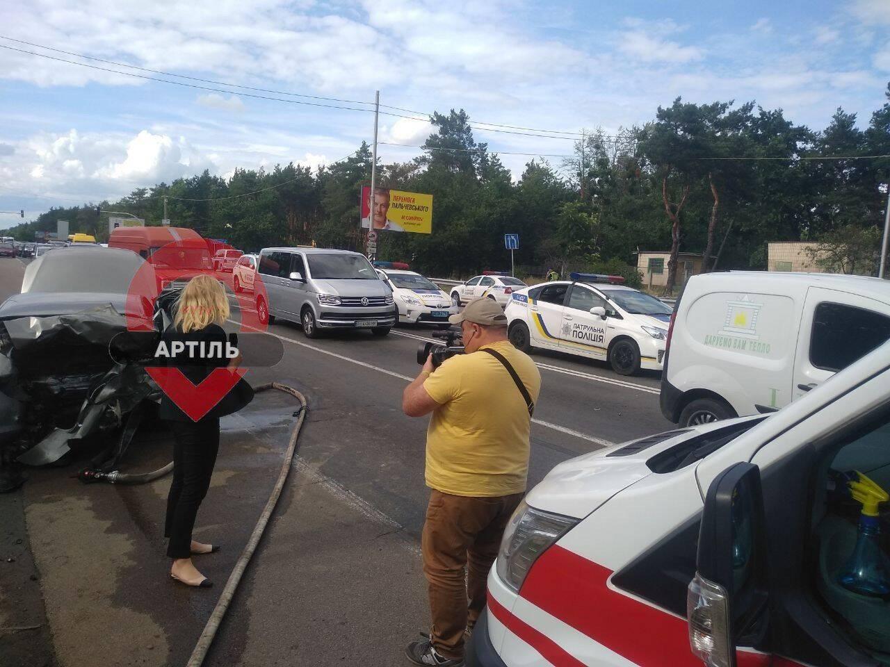 В Киеве на Столичном шоссе, где в ДТП погибла семья, произошла новая авария