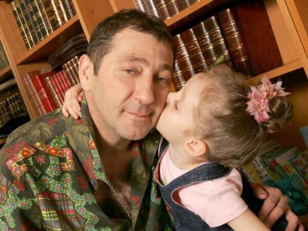 Григорій Лепс з молодшою дочкою