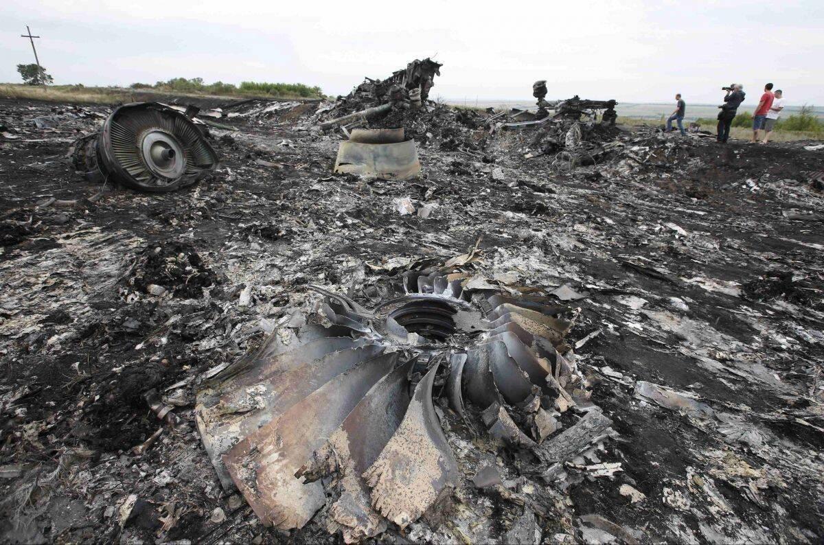 Уламки літака після аварії
