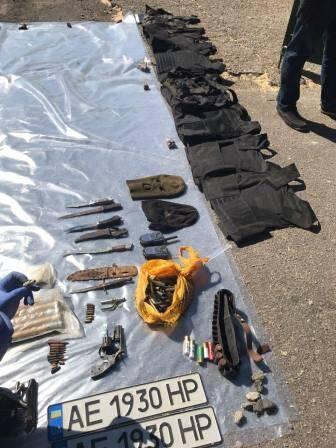 На Дніпропетровщині затримали банду, яка викрала і катувала людину