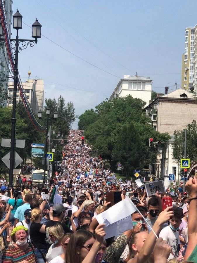 Центральна вулиця Хабаровська була майже повністю заповнена людьми
