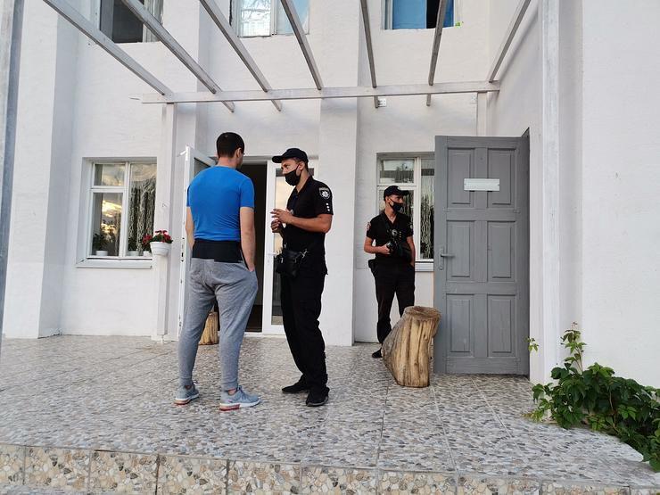 На базі відпочинку в Кирилівці масово отруїлися діти з Дніпра