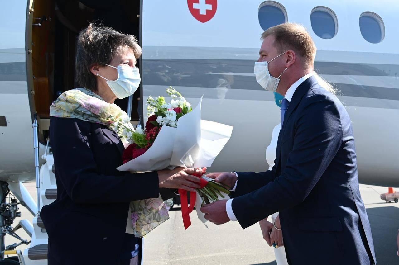 Симонетта Зоммаруга прилетела в Киев. Фото - Facebook посольства Украины в Швейцарии