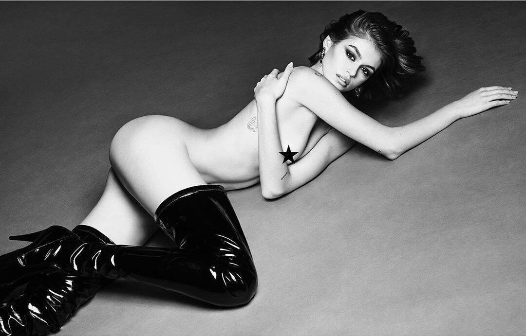 Кайя Гербер полностью голая (Instagram Луиджи Мурену)