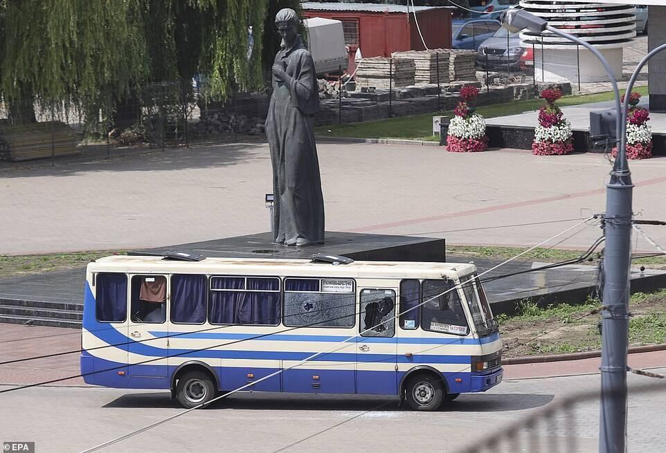 В Луцке пытали 13 заложников: террорист задержан. Все о спецоперации, фото и видео