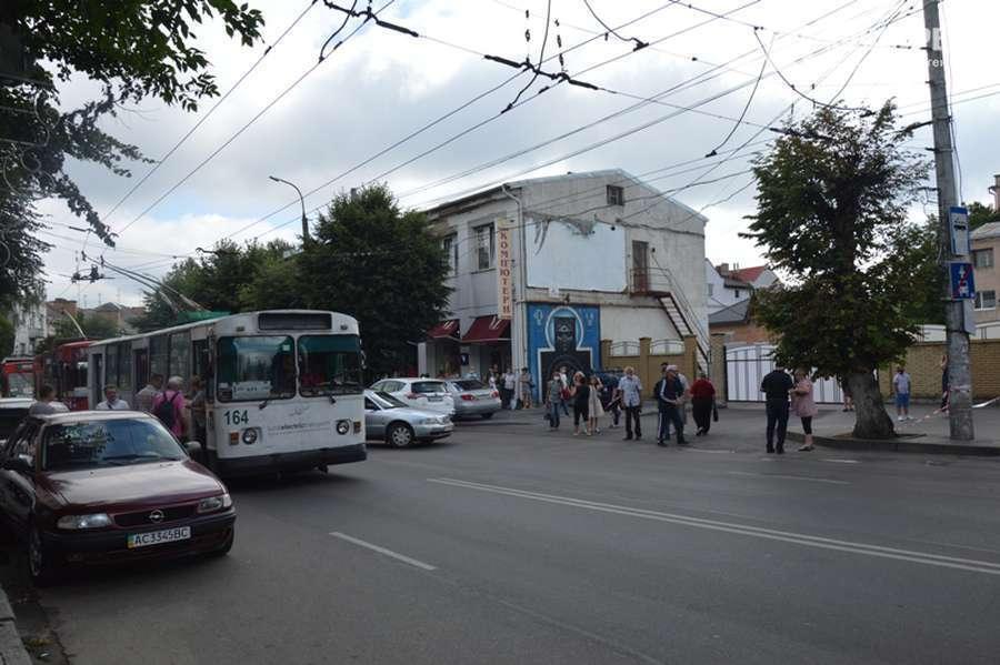 Транспорт в центре города остановили