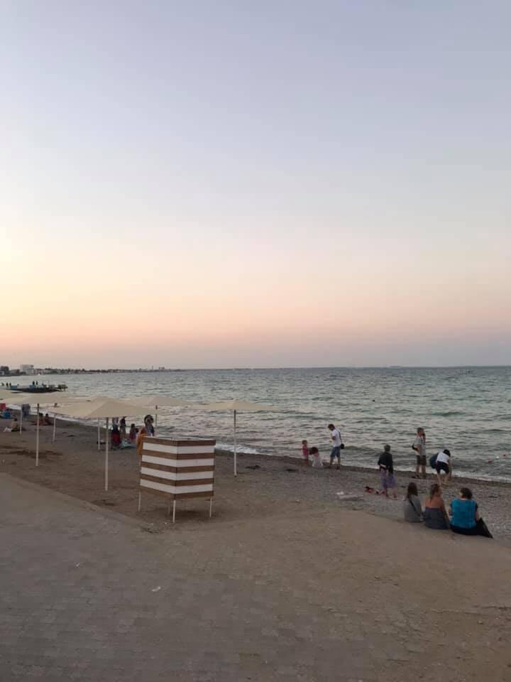 Крымский блогер показал фото пляжа в Феодосии