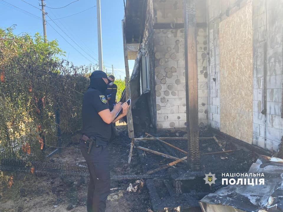 По данным полиции, пожар удалось быстро ликвидировать