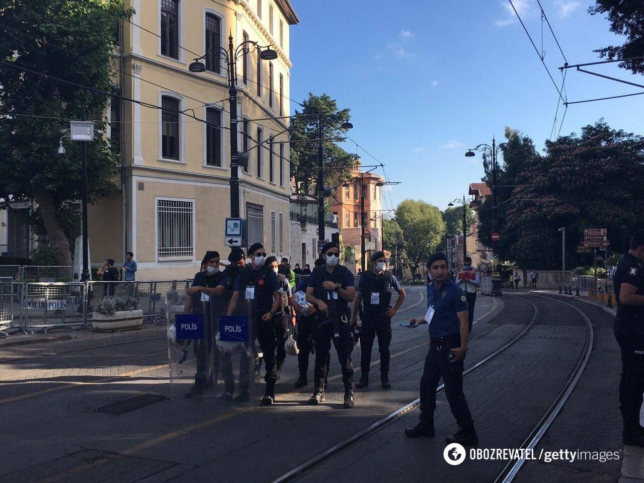 За проведением намаз в Айя-Софье следят правоохранители