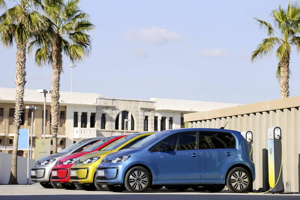 Электрический VW ID.1 заменит e-up!, второе поколение которого представили в 2019 году на автошоу во Франкфурте Фото: