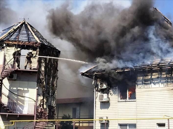 Пожар удалось потушить.