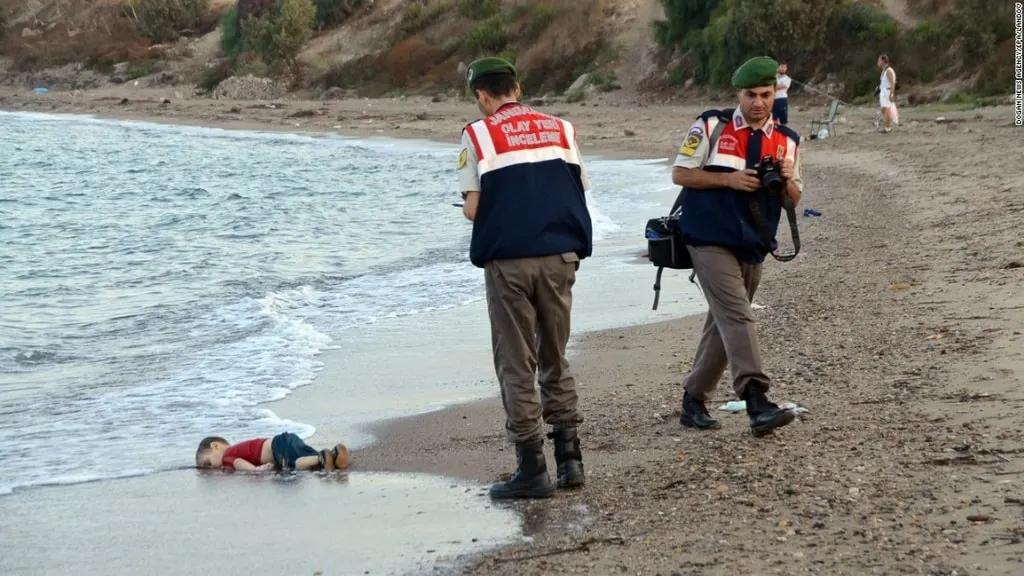 Тіло трирічного сирійця Айла Курді
