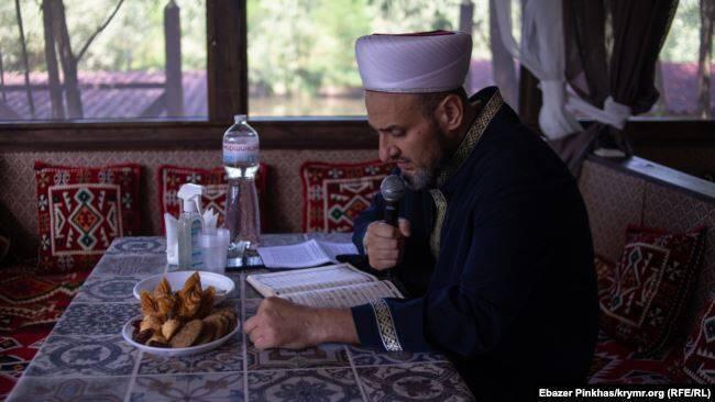 Молебен по погибшему Мусе Сулейманову