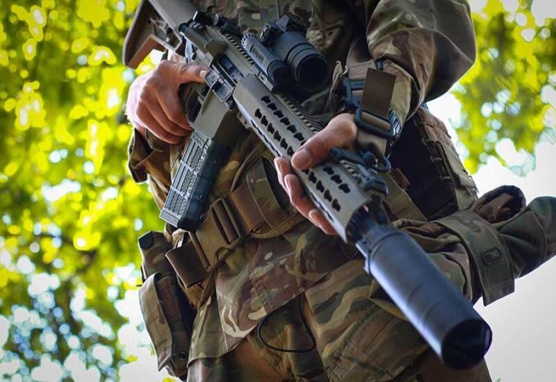 Спецназ Національної гвардії отримав гвинтівки UAR-15. Фото - сайт Нацгвардії