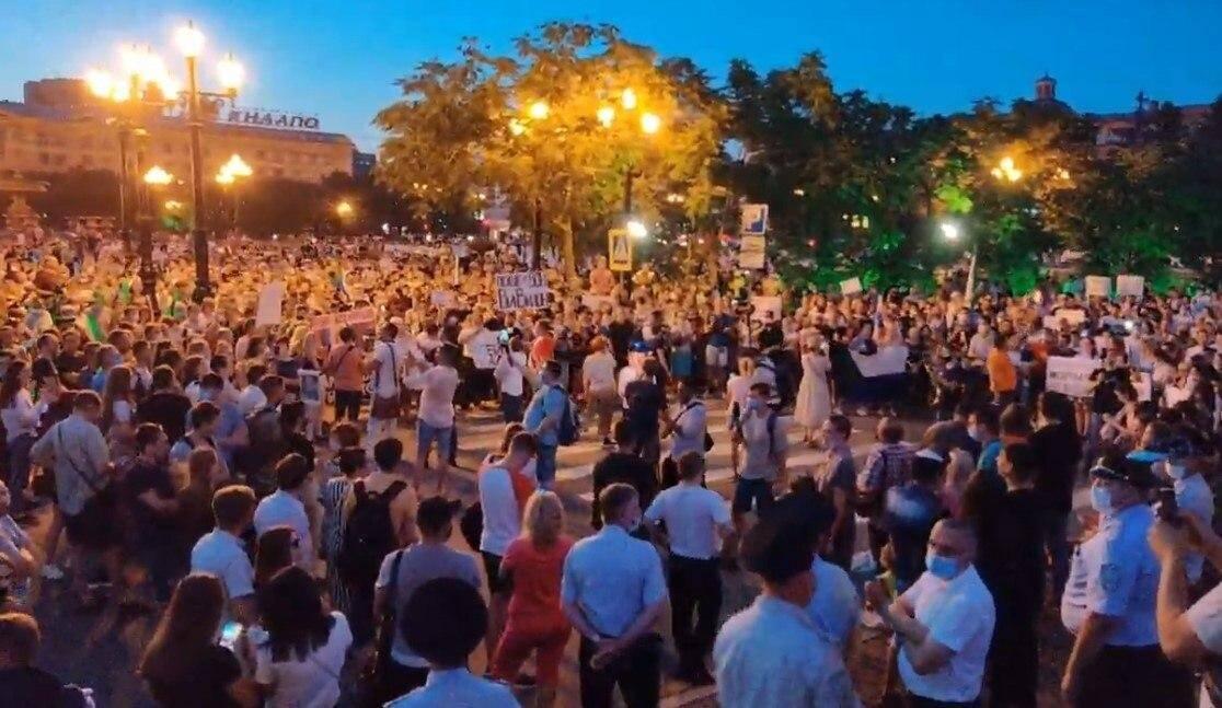 Акции протеста в Хабаровске не утихают уже третью неделю