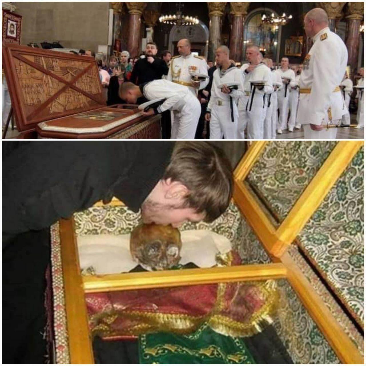 Раку з мощами Ушакова, якого РПЦ канонізувала, виставили для поклоніння