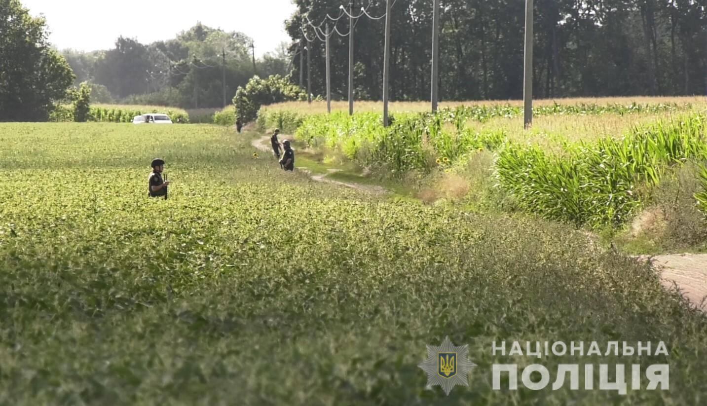 На Полтавщині четверту добу шукають Романа Скрипника, який захоплював у заручники правоохоронця