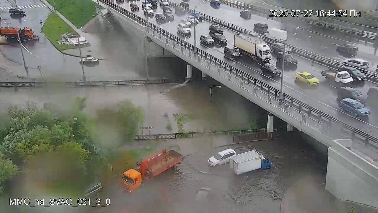 """Напора стихии также не выдержал ЖК """"Грин-парк"""""""