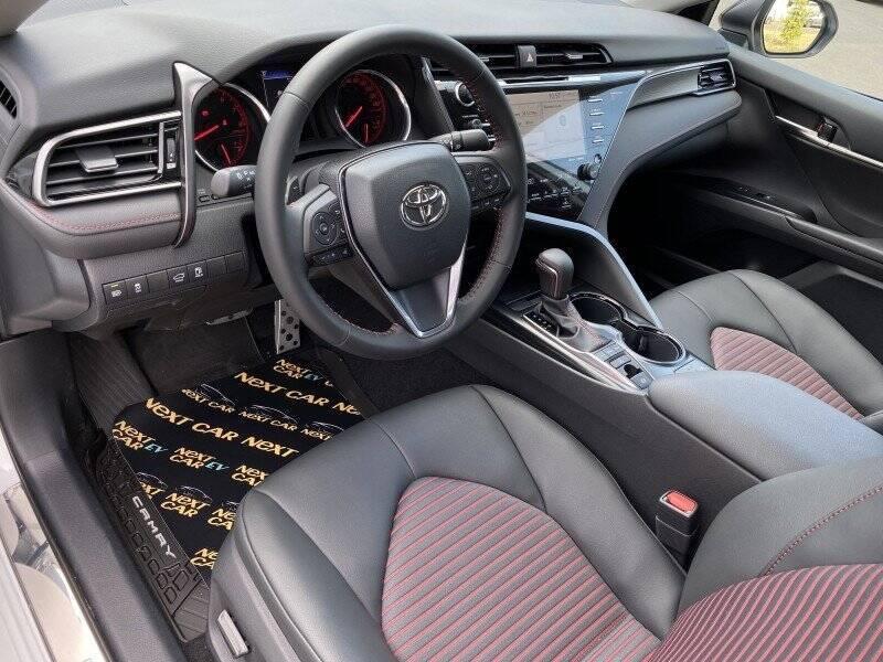 Toyota Camry TRD, которую продают в Украине.