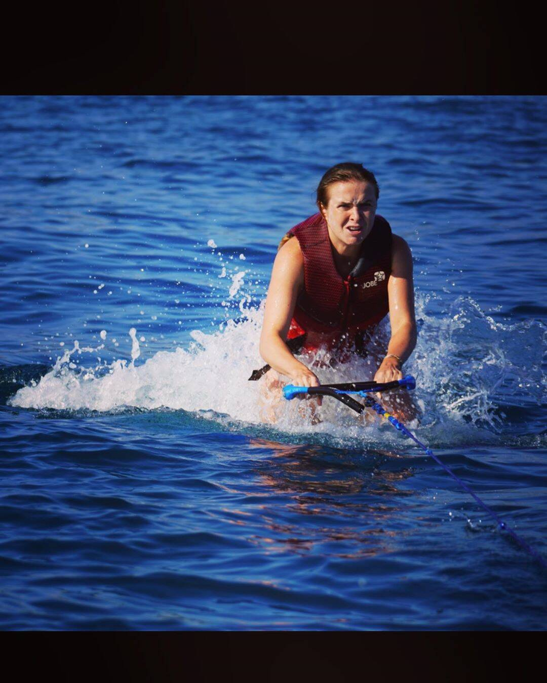 Элина Свитолина на водных лыжах