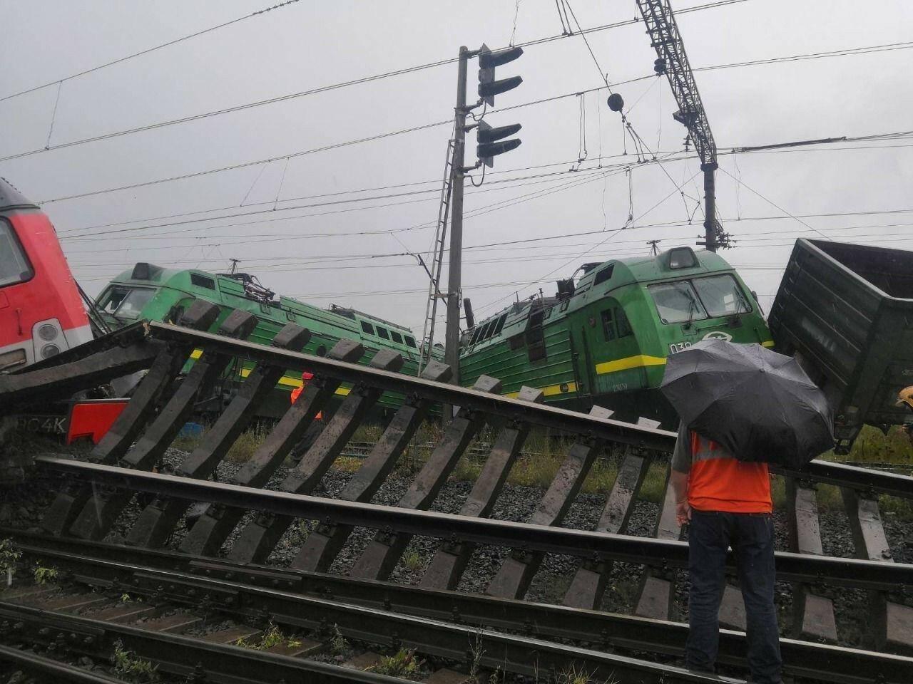 Инцидент произошел около 14:39 мск на ж/д станция грузовая Купчинская