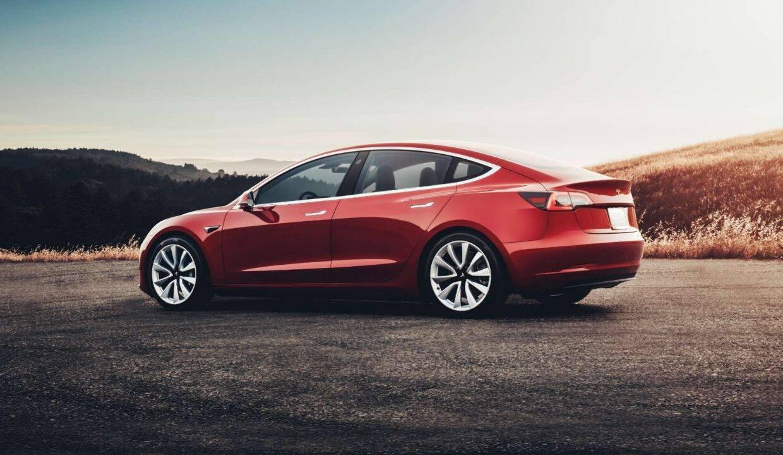 Tesla зацікавлена в більш високих продажах. Для цього необхідний дешевий електромобіль.