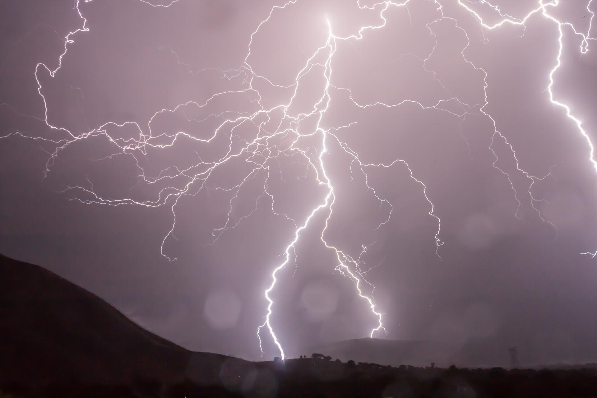 Підтоплення та інтенсивні опади будуть спостерігатися у всіх регіонах України