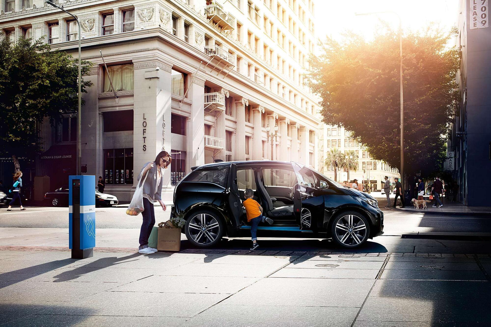 Позитивным трендом на фоне кризиса является существенное увеличение спроса на электрифицированные автомобили. Фото: