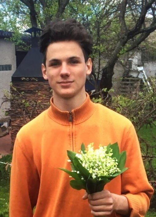 На Киевщине пропал 17-летний парень с рюкзаком Glovo