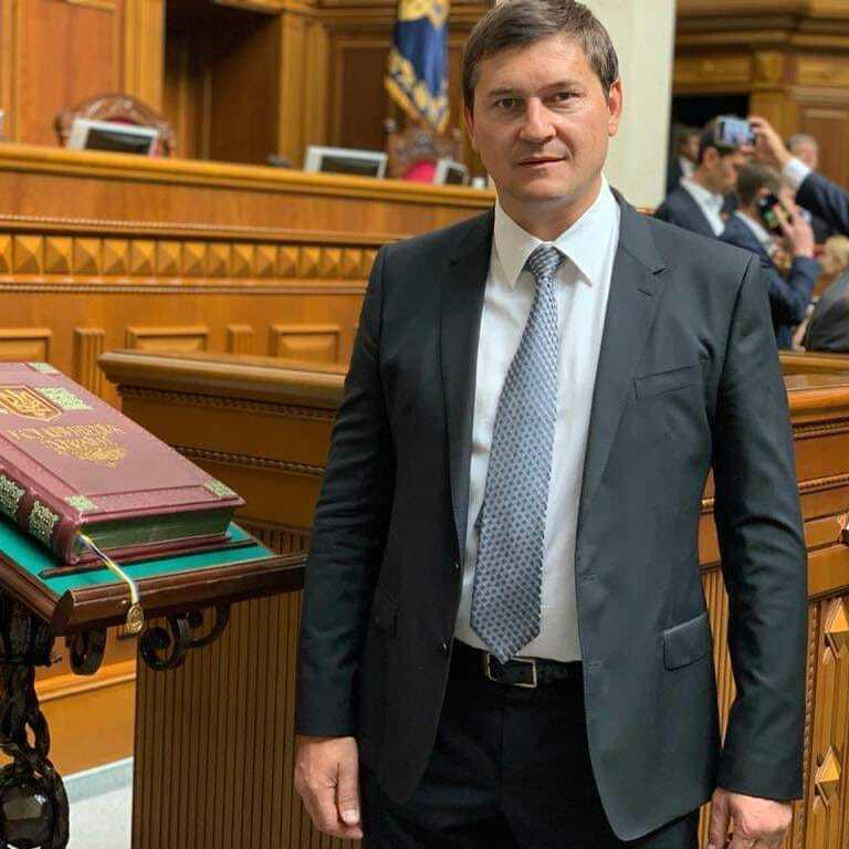 Facebook / Слуга народу – Одарченко Андрій – Округ 170