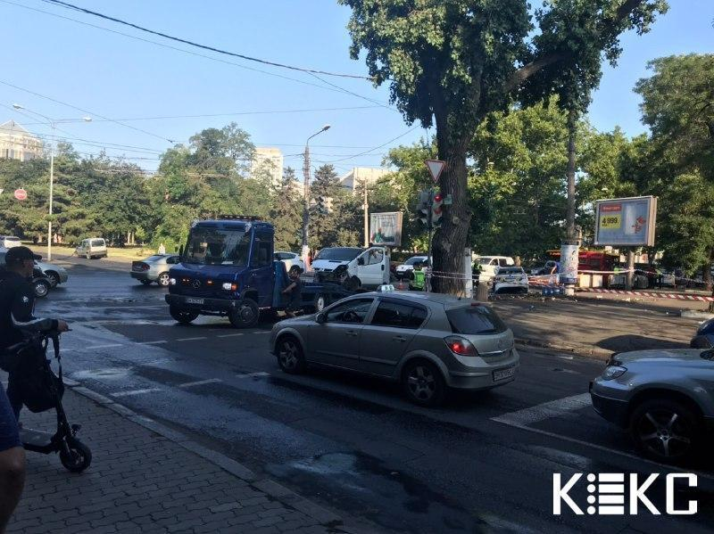 ДТП з поліційним авто в Одесі