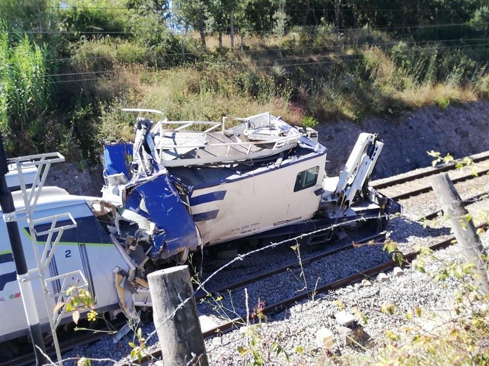Біля португальського міста Суре високошвидкісний потяг зазнав аварії