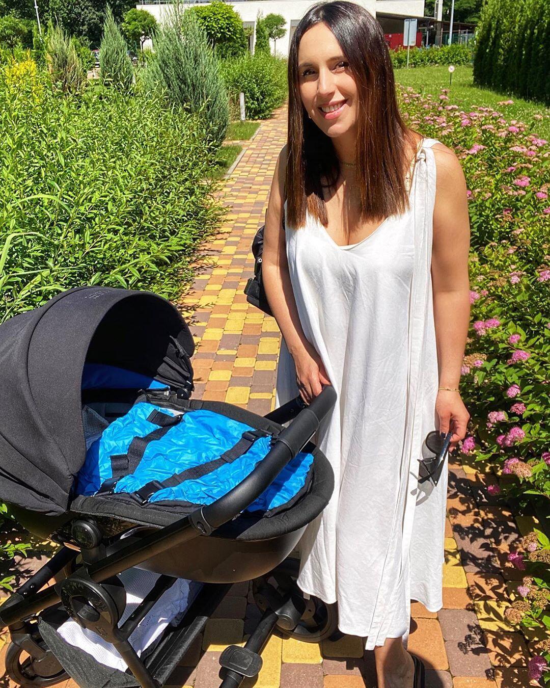 Джамала с новорожденным сыном (Instagram Джамалы)