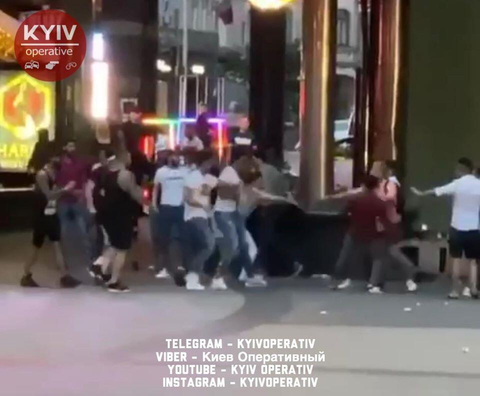 Масова бійка в Києві